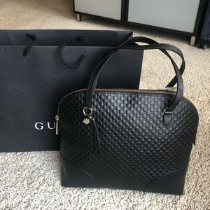Authentic Gucci mediumhandbag brand new